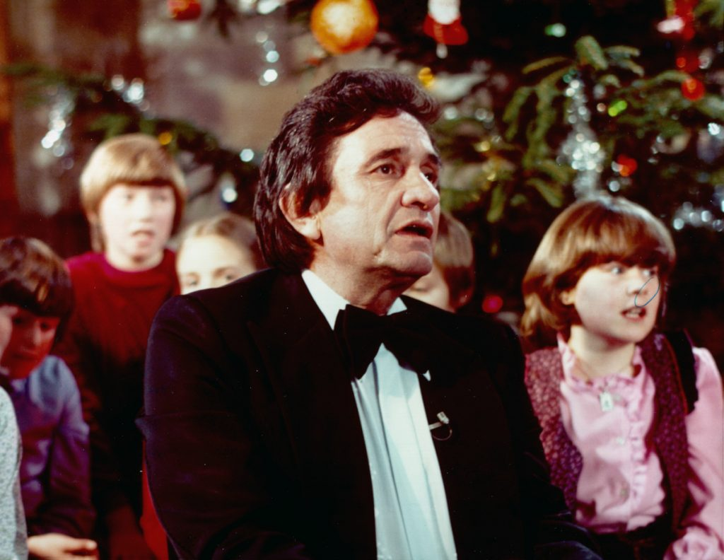 Johnny Cash Gets Festive With Foot-Stompin\' \'Christmas Time\'s A ...