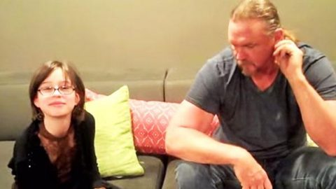 Cute 11-year-old Girl Interviews Trace Adkins (WATCH)   Country Music Videos