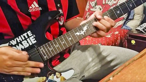15-Year-Old Kid Improvises An Entire 'Free Bird' Solo, And It's Pretty Cool | Country Music Videos