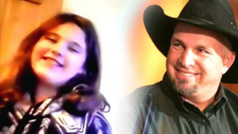 9 Year Old Sieanna Dedicates This Sweet Garth Brooks Performance To Her Mom (WATCH) | Country Music Videos