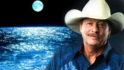 Alan Jackson – As Lovely As You (WATCH)   Country Music Videos