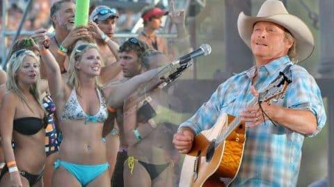 Alan Jackson – Country Boy (Live at AquaPalooza) | Country Music Videos