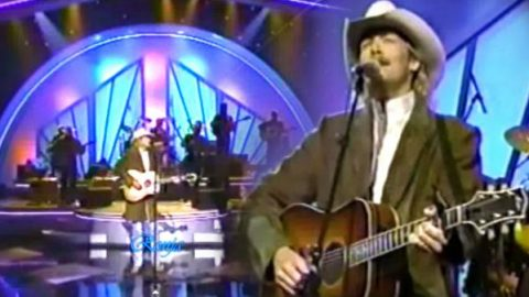 Alan Jackson – Everything I Love Is Killing Me (VIDEO)   Country Music Videos