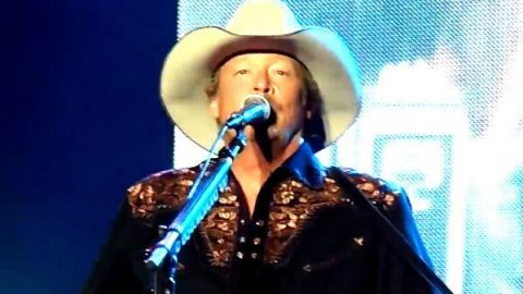 Alan Jackson – Long Way To Go (Live in Sweden, 2011)   Country Music Videos