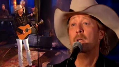 Alan Jackson – Sissy's Song (Live) (VIDEO) | Country Music Videos