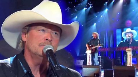 Alan Jackson – So You Don't Have To Love Me Anymore – Live at the Grand Ole Opry (VIDEO) | Country Music Videos