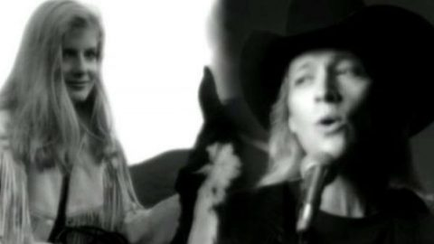 Alan Jackson – Tonight I Climbed The Wall (VIDEO) | Country Music Videos