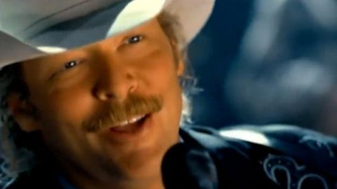 Alan Jackson – Too Much Of A Good Thing (WATCH) | Country Music Videos