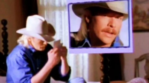 Alan Jackson – Who Says You Can't Have It All (VIDEO) | Country Music Videos