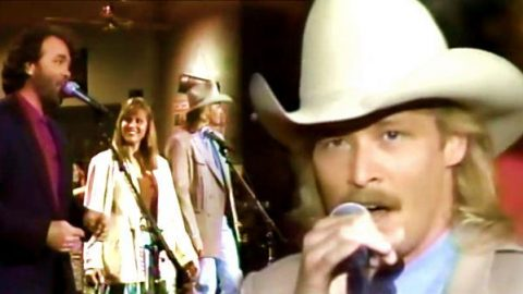 Alan Jackson, Gary Morris, Suzy Bogguss, and Roy Acuff – Tribute To Hank Williams | Country Music Videos