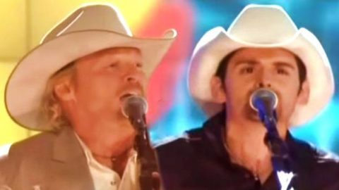 Alan Jackson and Brad Paisley – It's Five O' Clock Somewhere | Country Music Videos