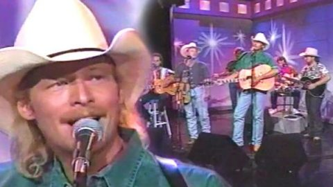Alan Jackson and The Strayhorns – What Kind of Man (TNN Live) | Country Music Videos