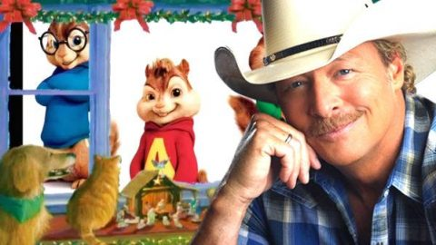 Alan Jackson and the Chipmunks – Santa's Gonna Come In A Pickup Truck (VIDEO) | Country Music Videos