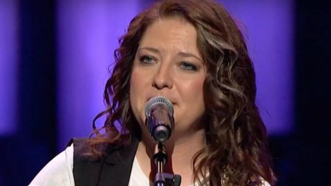 Country's Next Big Star Delivers Insane 'Jolene' Cover Like You've Never Heard Before | Country Music Videos