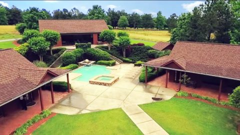 Kenny Roger's Massive Custom Ranch Headed To Auction | Country Music Videos