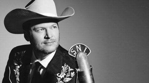 How Conway Twitty Influenced Blake Shelton's Greatest Hits (EXCLUSIVE)   Country Music Videos