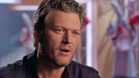 Blake Shelton Issues Heartfelt Apology For Massive Twitter Controversy   Country Music Videos
