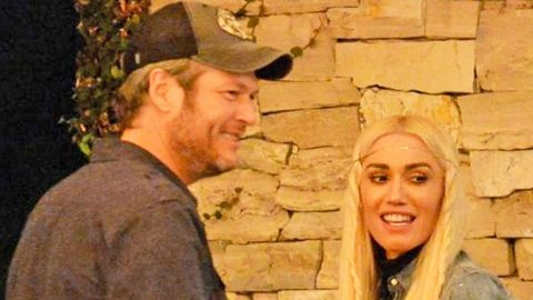 Did Blake Shelton Surprise Gwen Stefani With The 'Best Present Ever'? | Country Music Videos
