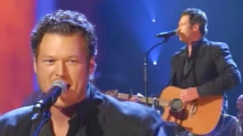 Blake Shelton – All About Tonight (Live on the Grand Ole Opry) (VIDEO) | Country Music Videos