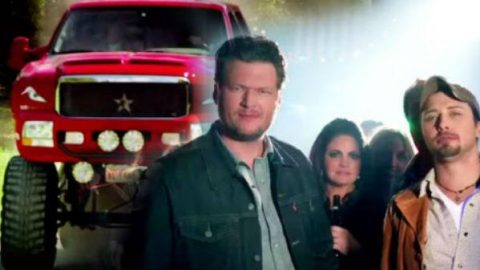 Blake Shelton – Boys 'Round Here feat. Pistol Annies and Friends | Country Music Videos