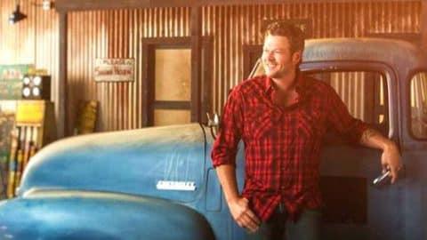 Blake Shelton – Buzzin'   Country Music Videos