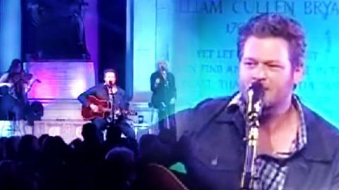 Blake Shelton – Doin' What She Likes (Live Concert to Support our Veterans) (VIDEO)   Country Music Videos