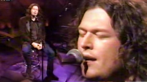 Blake Shelton – The Baby (Live)   Country Music Videos