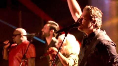 Blake Shelton, Christina Aguilera, CeeLo Green and Adam Levine – I Love Rock 'n' Roll (VIDEO)   Country Music Videos