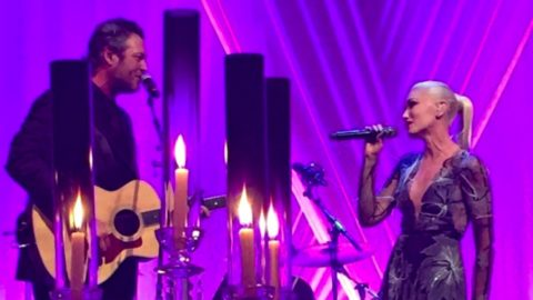 Gwen Stefani Invites Blake Shelton On Stage To Sing At President's Final State Dinner | Country Music Videos