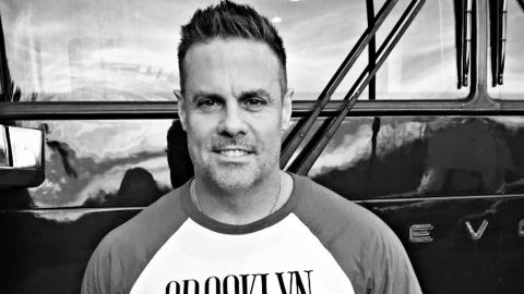 Troy Gentry Gives Friends 'One Last Gift' | Country Music Videos