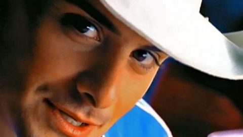 Brad Paisley – Two People Fell in Love   Country Music Videos