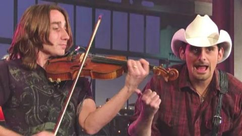 Brad Paisley – Time Warp (Live on Letterman) | Country Music Videos