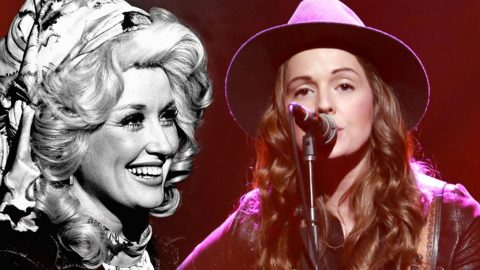 Folk Singer Unleashes Haunting 'Jolene' Cover On Ryman Audience | Country Music Videos