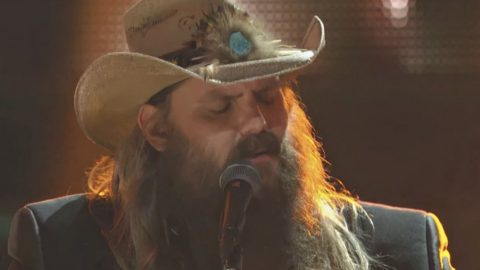 Chris Stapleton Silences Audience With Touching 'Broken Halos' Performance | Country Music Videos