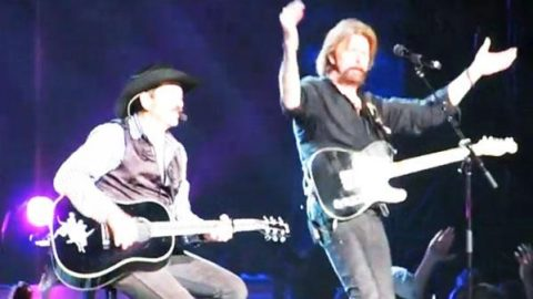 Brooks & Dunn – How Long Gone – LIVE In Nashville (WATCH) | Country Music Videos