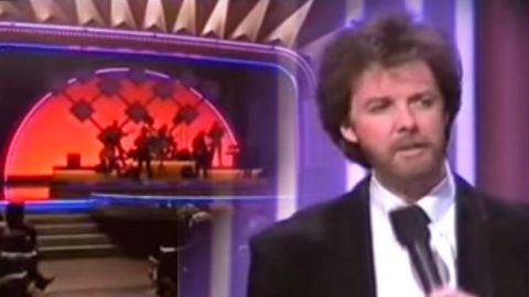 Brooks and Dunn – She Used To Be Mine (Live At The 1993 CMA Awards Show) (VIDEO) | Country Music Videos