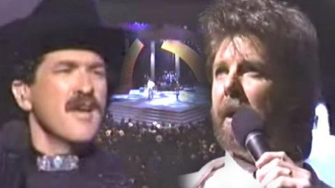 Brooks and Dunn -That Ain't No Way To Go (live at the 1994 ACM Awards) | Country Music Videos