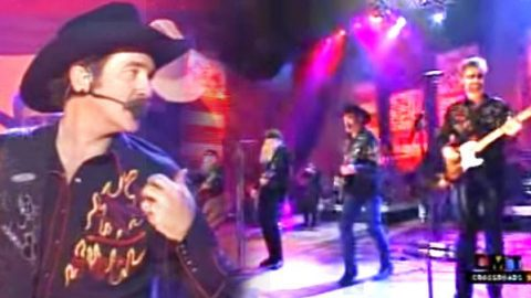 Brooks and Dunn with ZZ Top – Gimme All Your Lovin' (WATCH) | Country Music Videos