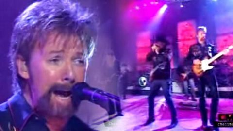 Brooks and Dunn with ZZ Top – She Loves My Automobile (VIDEO) | Country Music Videos