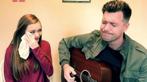 Proud Dad Can't Hold Back Tears While Singing Special Song
