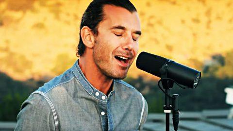 Gwen Stefani's Ex-Husband Bleeds Passion In Emotional 'Landslide' Tribute | Country Music Videos