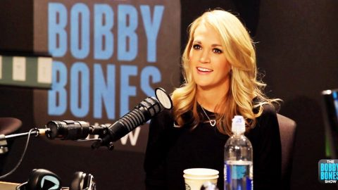 """""""You CANNOT Sing With Garth"""" Carrie Underwood Tells Husband 