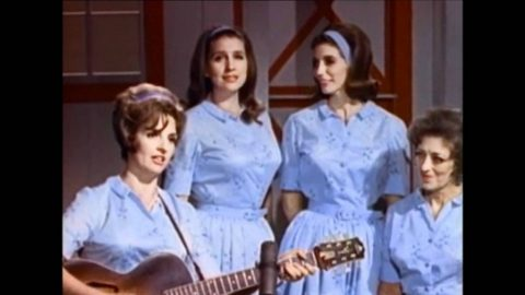 """June Carter Cash Sings Future Husband's Hit Song """"I Walk The Line"""" 