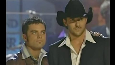 Flashback To When 20-Year Old Chris Young Won 'Nashville Star' | Country Music Videos