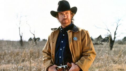 Chuck Norris Throws His Support Behind Presidential Hopeful | Country Music Videos