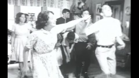 'Best Bluegrass Clog Dancing Video Ever Made' Will Make You Want To Move | Country Music Videos