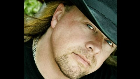 Confederate Railroad's Cody McCarver Shares Incredible Story Of Heartache, Loss And Redemption | Country Music Videos