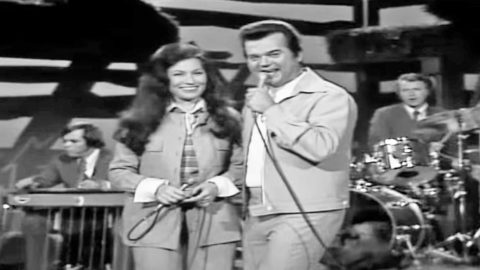 These Top 5 Hee Haw Moments Will Have You Wishing For The Past | Country Music Videos