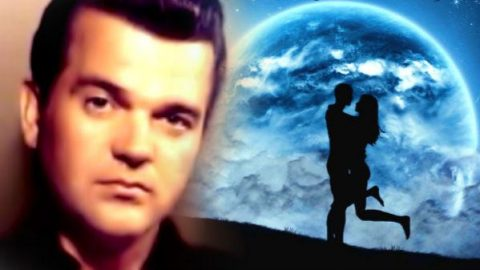 Conway Twitty – Blue Moon (WATCH) | Country Music Videos