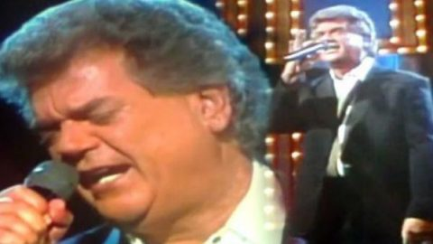 Conway Twitty – Goodbye Time (Live) | Country Music Videos